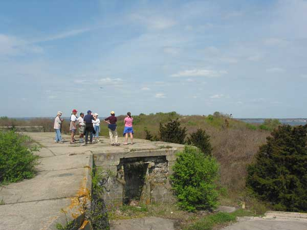 charlie talks about the old, abandoned fort mansfield